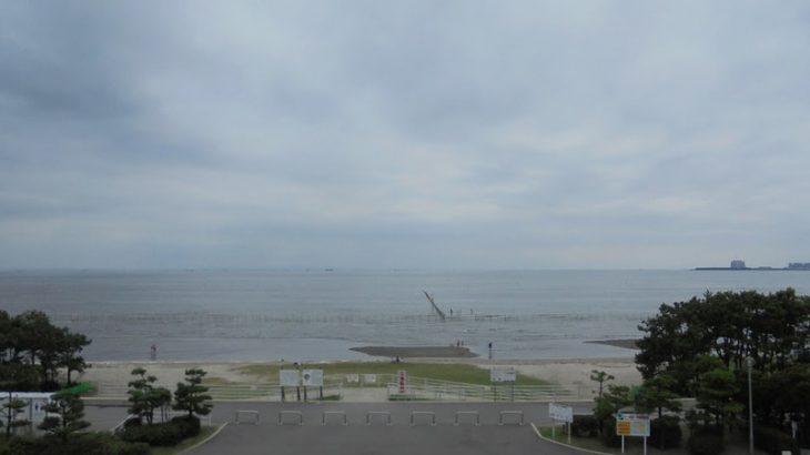 静かな午後の海